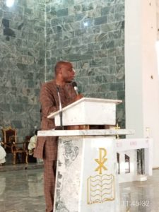 Amaechi addressing guests at the Funeral Service